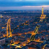 Découvrir la capitale de France en taxi moto